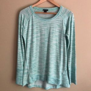 Athletic pullover shirt